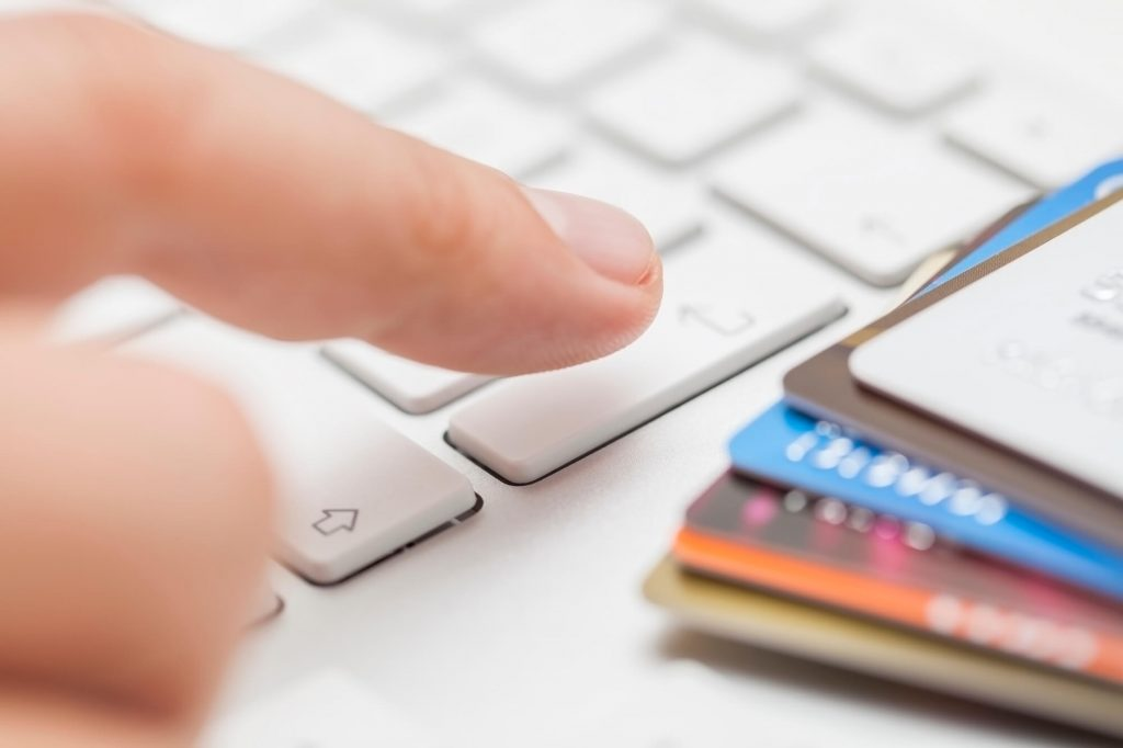 Pesquisa global revela aumento nas vendas no e commerce em junho