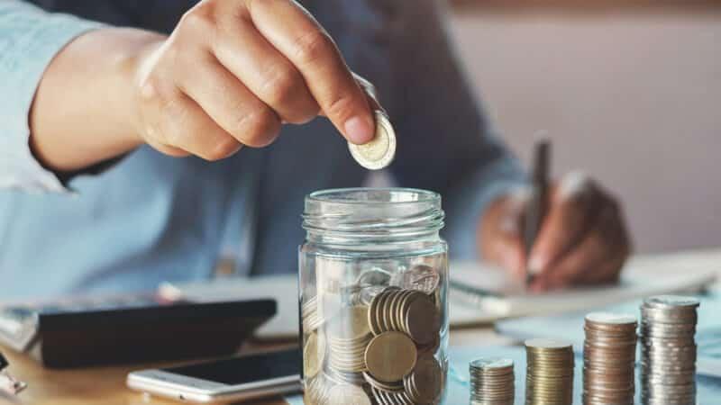 como economizar dinheiro em 2021 800x450 1